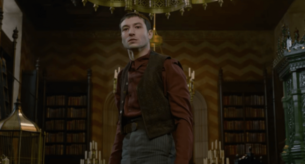 fantastic beasts the crimes of grindelwald credence
